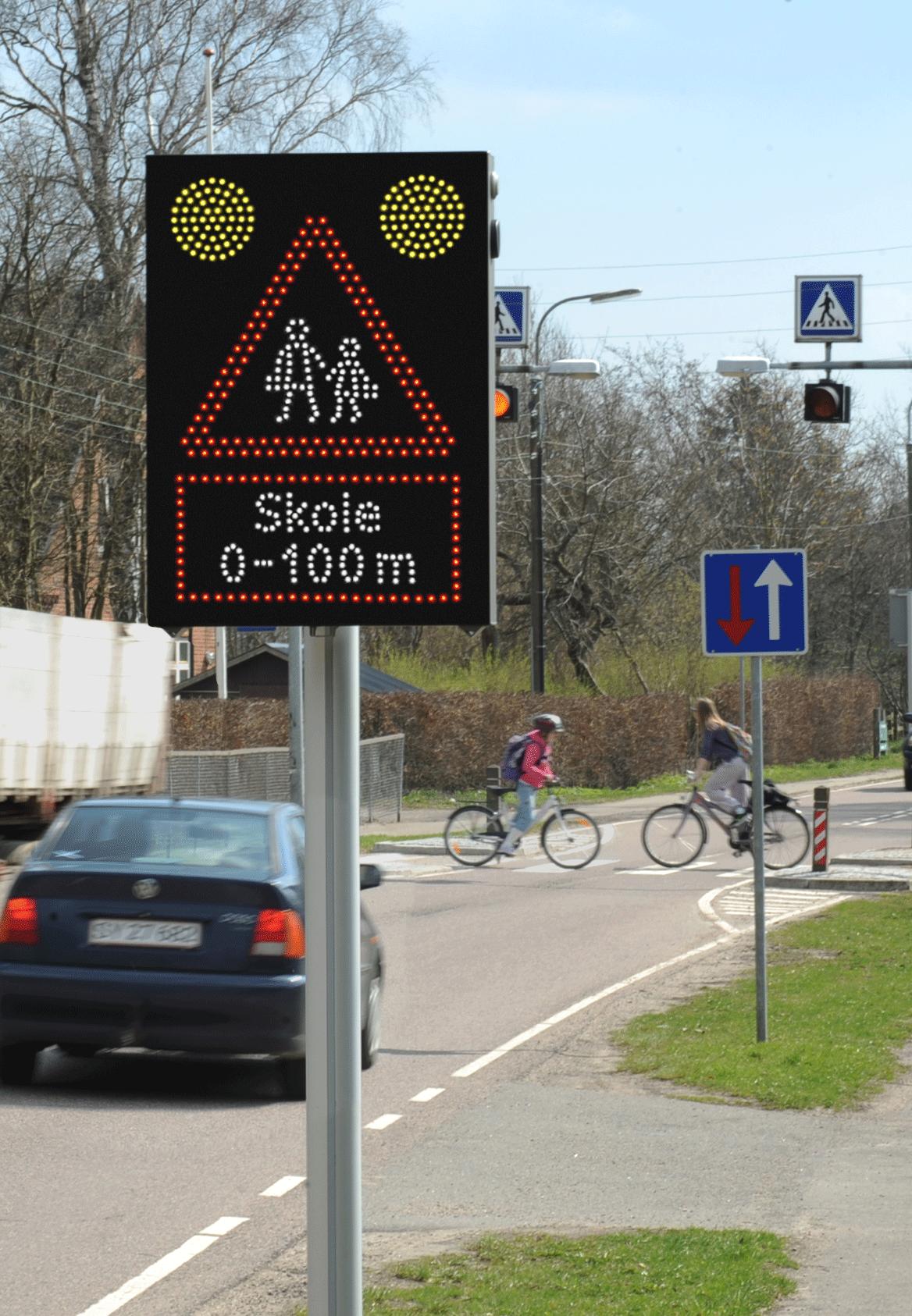 Flexibel VMS för stadens trafiksäkerhet | SWARCO