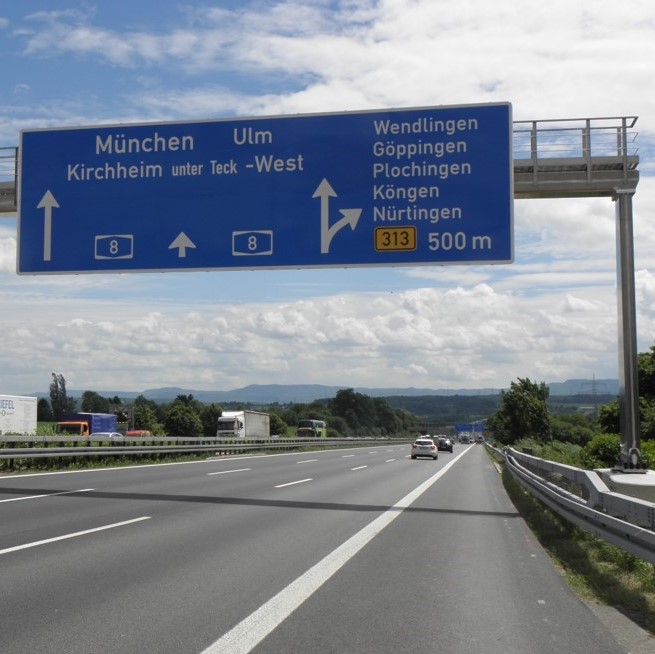 ALUMINUM GANTRIES FOR OVERHEAD TRAFFIC SIGNS