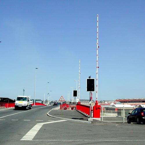 Control vehicles through large entrances