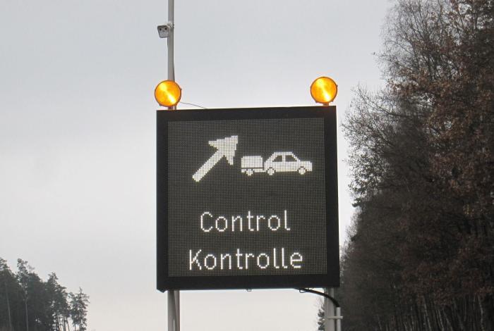 System för truckkontrollplats för säkrare arbetsförhållanden | SWARCO