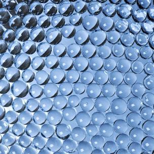 Glaspärlor för att förbättra trafiksäkerheten | SWARCO