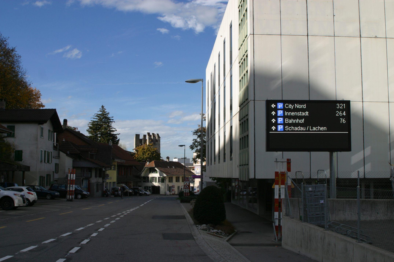 Digitala skyltar för utomhus- och inomhusbruk | SWARCO